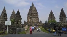 Objek Wisata Candi Prambanan